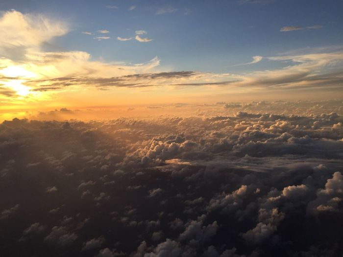 Nofilter Nature Cloud - Sky Sky Beauty In Nature Scenics Cloudscape Sunset Environment Tranquility Aerial View Fluffy Atmospheric Mood No People Sky Only Dramatic Sky Heaven Backgrounds Outdoors Day Flight To Maui