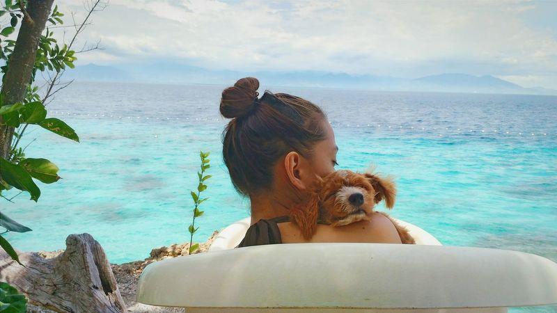 Poodle Poodletoy Poodle Love Poodle🐩 Dog Puppy Bathtub Bath Time Beach Life Beachphotography Beach Photography Beachlife Beach Sea And Sky Seascape Cliff Hippie Hippielife Hippieinhills Hippiegirl Hippie Style Good Vibration....  Goodvibes GoodVibesOnly Goodvibesalways #positivity