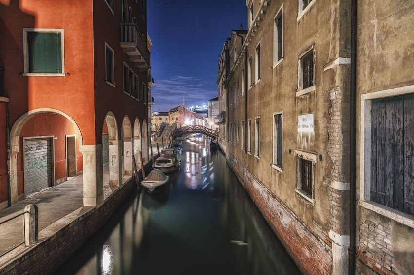 Nature Architecture Built Structure Canal Building Exterior Water City Building Reflection Nautical Vessel Transportation Nature No People Bridge Travel Destinations Residential District Mode Of Transportation Connection Gondola - Traditional Boat Outdoors