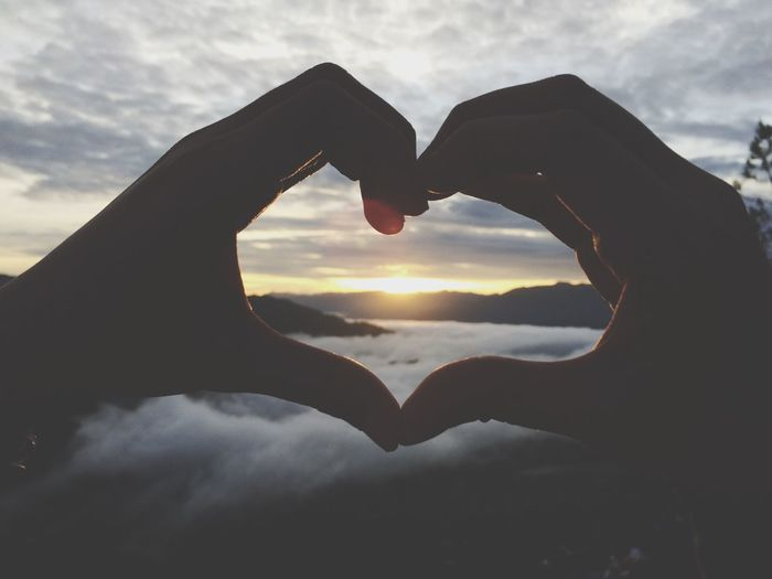 Enjoying sunrise ⛅️ Soaking Up The Sun Sunrise Silhouette EyeEm Best Shots - Sunsets + Sunrise Mtkiltepan Sagada Eyeem Philippines Sunrise Sunrise_Collection Silhouette Sunrise_sunsets_aroundworld