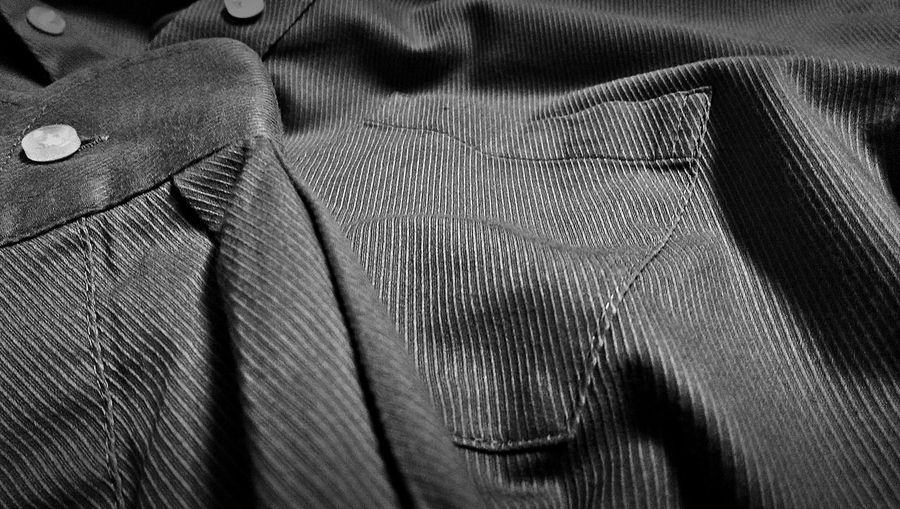 One more, Made in Indonesia shirt that doesn't sold in Indonesia, I love this shirt, wrinkles free, easy iron and always looks crisp all day long, It's Pronto Uomo as far as I know only sold in Honolulu, Hawaii, U.S, part 1 Taking Photo Just Photography Shirt Pronto Uomo Your Design Story From My Point Of View Close Up Selective Focus Light And Shadow The Purist (no Edit, No Filter) EyeEm Masterclass EyeEm Best Shots Learning Photography Mobile Photography Htc One M8 Htcm8 Confused? Me Too. Tailored To You