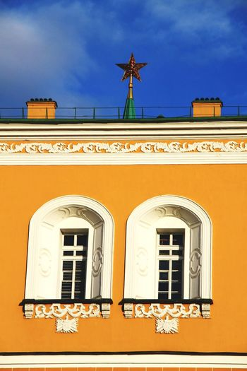 Architecture Built Structure Travel Destinations History Building Exterior Façade Window Tourism Day Outdoors No People Sky Kremlin Complex Politics And Government Kremlin Moscow, Russia Moscow Kremlin Architecture Russia Russia Red Star