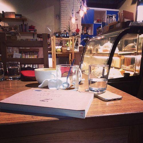 Hi Ryou! Hiryou Cofee Cafe Holiday taiwan taipei afternoon afternoontea teatime