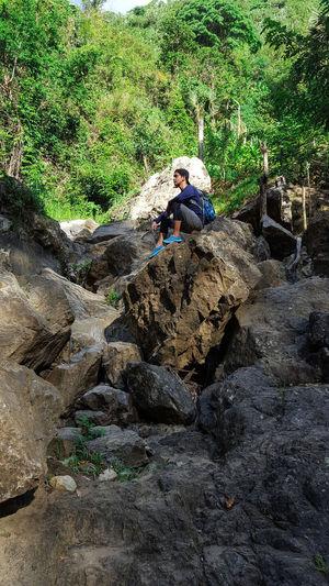 Nature SiraoPeak Adventure CebuCityPhilippines Bisayatraveler Bisaya Cebunature Budlaan Falls Cebu Cebutrekker Traveller Pilipinas Swing Tree Rock Rock Formation RockClimbing