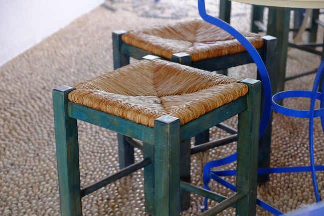Sit with me Bar Blue Colour Pebbles Pebbles Pattern Seat Stool Straw Woven