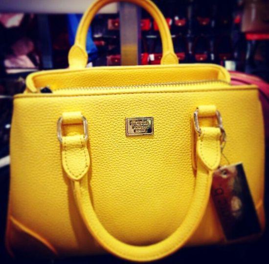 Yellow Yellow Bag Handbag 😍