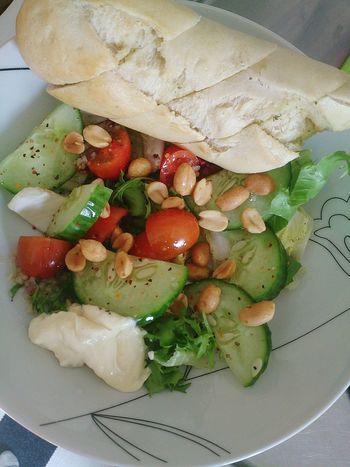 Food Salad Garlic Bread
