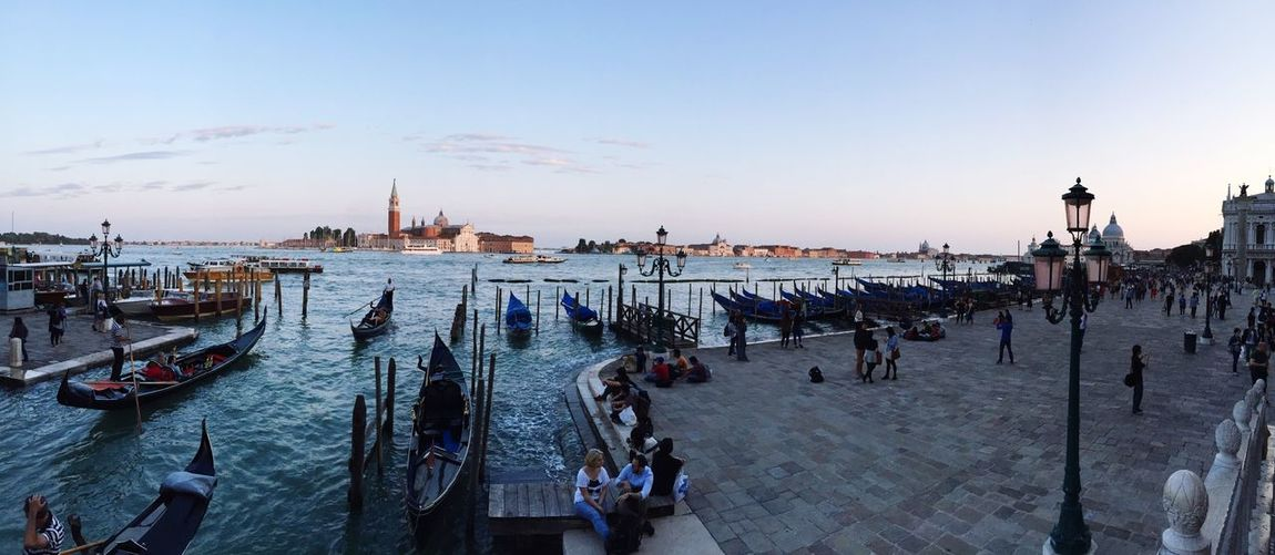City Cityscapes Tourism Tourist Attraction  Showcase March Historical Building Historic Skyline Venice Venice, Italy Italy Water Gondola Dusk River Riverside River View Riverbank Riverscape Wide Angle Battle Of The Cities