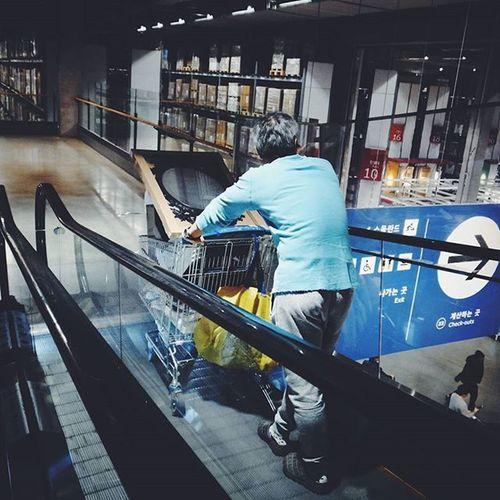 IKEA 이케아광명점 쇼핑 시 깔맞춤 이정돈 되야~ 꽃중년