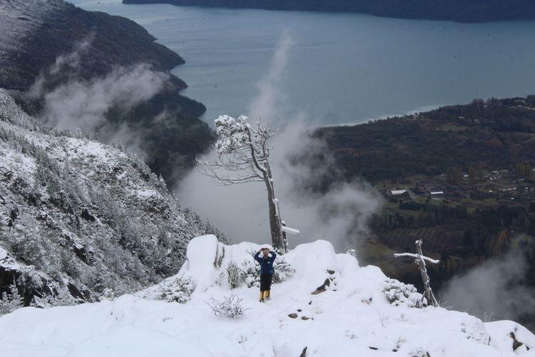 Snow Mountain Winter Spraying Sport Adventure Water Motion