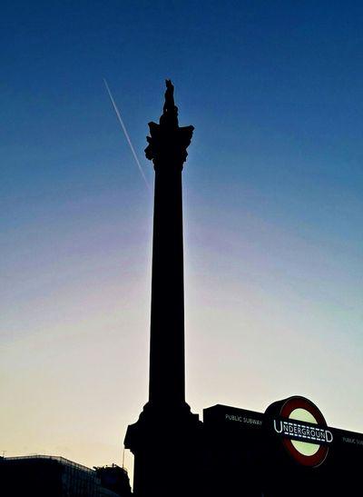 London Lifestyle Statue Sculpture Silhouette Monument Architecture London Nelson's Column Trafalgar Square