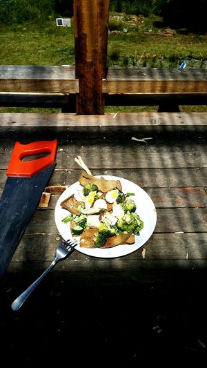Smoked Eel with Fennel, boiled egg, Broccoli and Pita crisps.