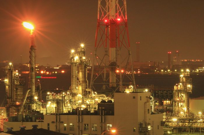 Night Illuminated Oil Industry Factory Night View Yokohama Factory Zone Landscape Nightscape Nightpicture Nightview Japan Nightphotography Oil Refinery Factory Industry Fire Flare Industry Flare Stack