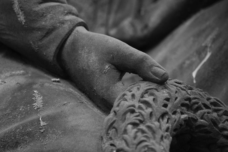 Hand Arts And Crafts Art Believe Love Hope Outdoors Photography Black And White Photography Card Design Graveyard Beauty Graveyard Tour Personal Perspective Focus On Foreground Mourning Card Art Photography Things Around Me Art Is Everywhere On Tour Christianity Evanescence Graveyard Surface Statues And Monuments Hope Believe Statue Textured