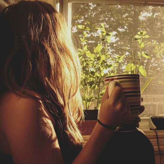 Window One Person Close-up Lifestyles Indoors  Day Adult Adults Only People One Woman Only Coffee ☕ Coffee At Home Morning Coffee Morning Sun Morning Light Morning Morning Rituals Zenfone Photography Meditation Long Hair Young Women Morning Sunrise Morning Sunshine Waiting Game Illuminated
