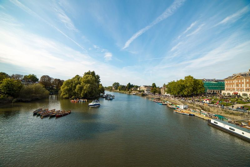 Richmond by Day... Architecture Sky Water High Angle View Beauty In Nature London Nikon Richmond Richmond Park, London Wide Angle 14mm United Kingdom People Waterfront Cafe Shops EyeEmNewHere Lost In The Landscape