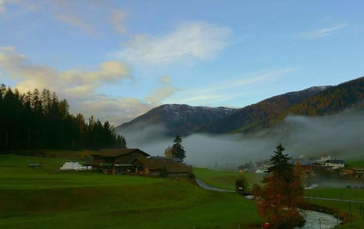 Switzerland Graubünden Davos Samephoto Withoutsnow Blue Sky Green Color Green Nature Mountains Landscapes Nature Relaxing Taking Photos