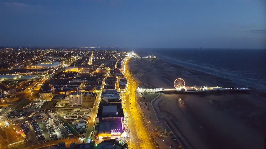 Blackpool Tower Blackpool Promenade Blackpool Seafront Blackpoolbeach Night Sea Urban Skyline Blackpool Lights Enjoying Life Great View Outdoors Night Photography Perspective A View To Behold A View From The Top Distance A Long Way Down Big Wheel Pier Torusim