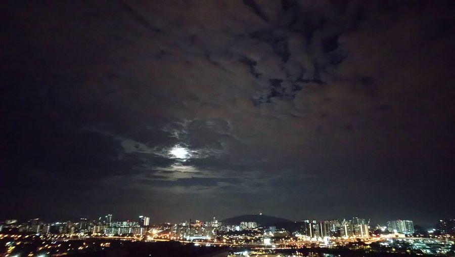 City Lightning