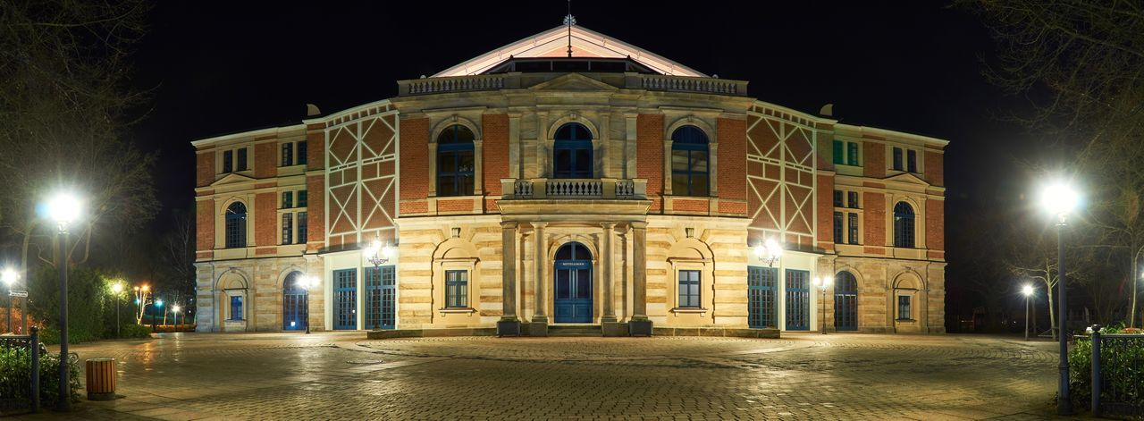 Night City Architecture Illuminated Travel Destinations Façade Building Exterior Built Structure Outdoors No People Bayern Bayreuth Long Exposure Wagner Wagner Opera Panorama Sight Sightseeing Sky