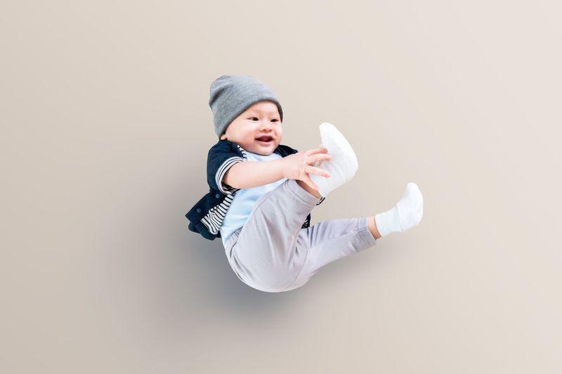 Baby in a happy jump Baby babyhappy Babies Only Cute Babyboy Babylove Baby Clothing Baby ❤ Babyassassin BabyChilling Fashion Kindsmile babysmile Babyhandsome Babycute Babychiness Japanbaby fashionbaby