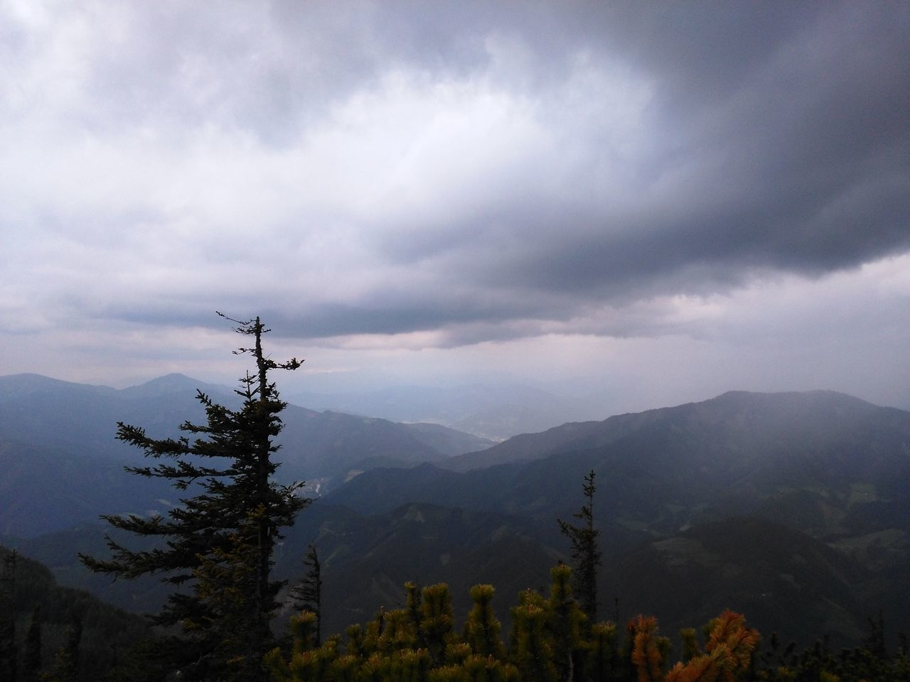 mountain, nature, sky, beauty in nature, no people, scenics, outdoors, day, scenery, range