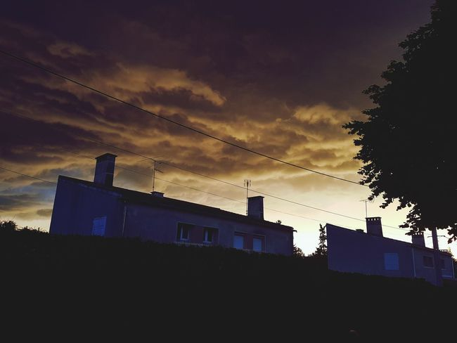 Silhouette Built Structure Architecture Building Exterior Outdoors Low Angle View No People Night Tree Sky Prison Astronomy Orage Orageux Cloud - Sky Summer Orange History