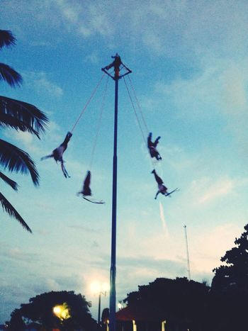 Voladores De Papantla Enjoying Life Hello World 5th Ave