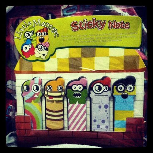 Littlemonster Post -its <3 Scribblescrabble Familyguy pajamas