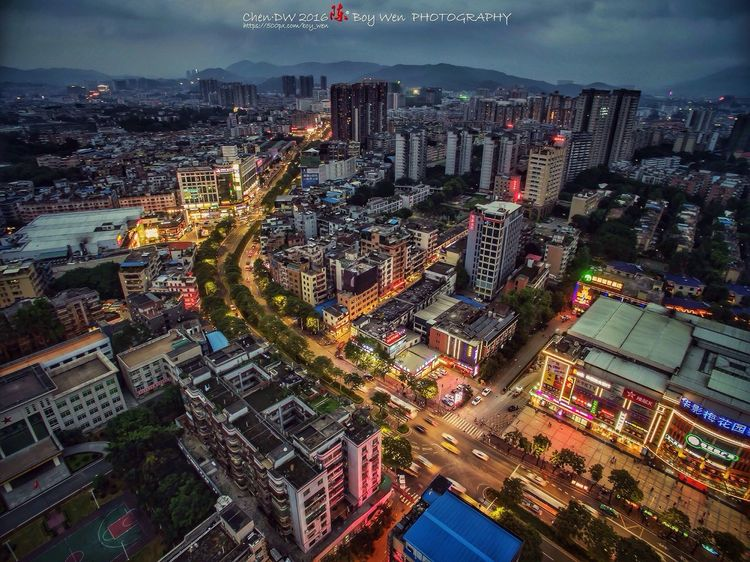 Aerial Shot Building Night Lights Clouds And Sky Guangzhou China Check This Out Dji Street 广州,梅花园。