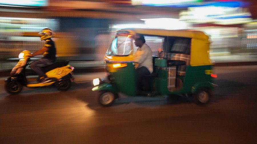 India Transportation Speed Blurred Motion Traveling Travel Photography Tour-thecity.com Feel The Journey Nightphotography Autorickshaw