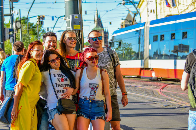 Casual Clothing Child Day Emotion Girls Glasses Group Of People Happiness Leisure Activity Lifestyles Men Outdoors People Real People Smiling Standing Sunglasses Teenager Togetherness Women Young Adult