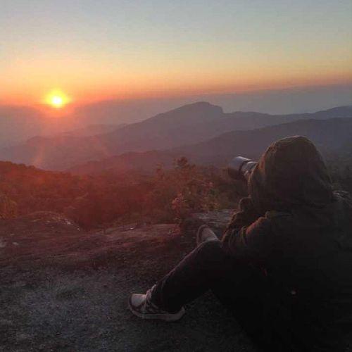 โชว์แผ่นหลังบ้าง 555+ @กิ่วแม่ปาน Sunrise Mroning KewMaePan Chiangmai หนาวสาด
