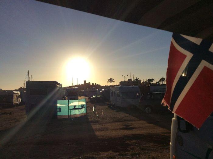 Camping Camper Bobil Whonwagen Motorhome Autocaravana sunrice in Portimao Portugal