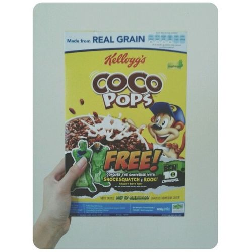 Good morning. Kellogg's Coco Pops. It doesn't pop at all. TT With @aiven26 Kellogg Cocopops Sugary Cereal snack breakfast morning Malaysia
