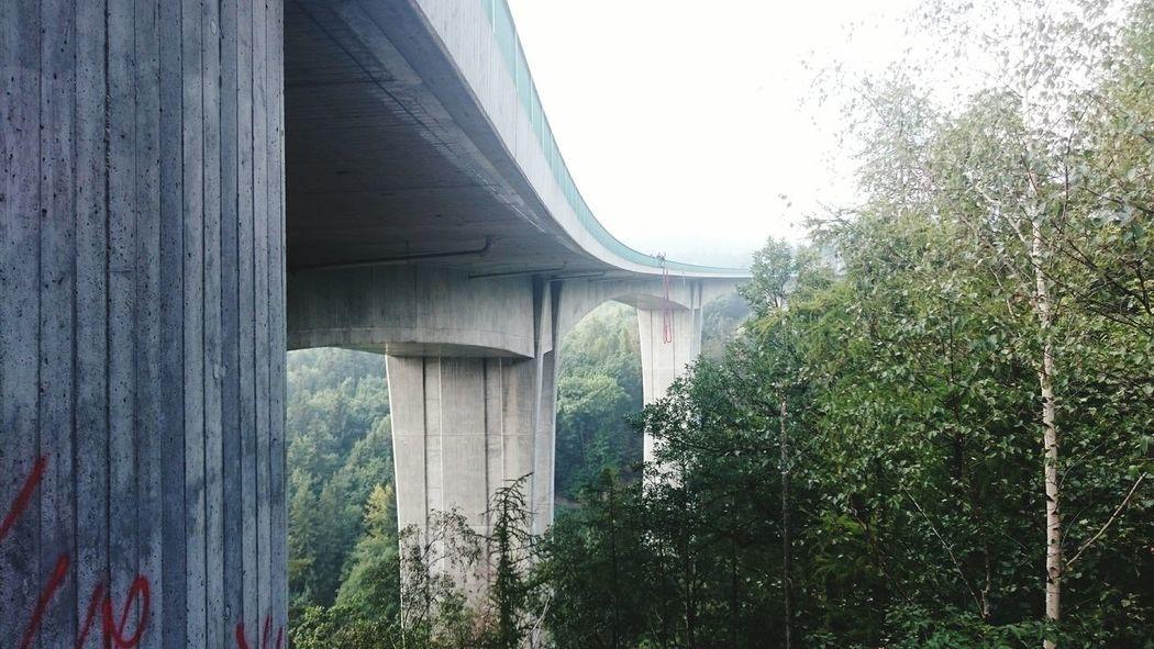 A je to tam, 62m z mostu! :-D