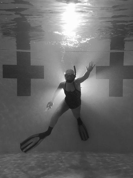 Hold Your Breath Scholastic Silver Medal Underwater Underwaterhockey