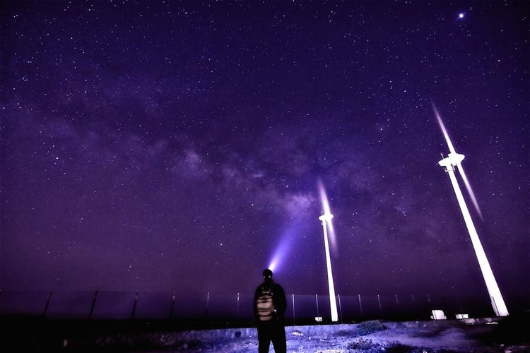 Astronomy Galaxy Star - Space Milky Way Flashlight Space Men Standing Purple Sky Summer Exploratorium The Great Outdoors - 2018 EyeEm Awards