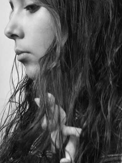 Rethink Things EyeEm Selects Young Adult Contemplation One Person Serious Headshot Young Women Beautiful Woman One Young Woman Only Side View Close-up Indoors  Human Face Long Hair Monochromatic Black And White Friday