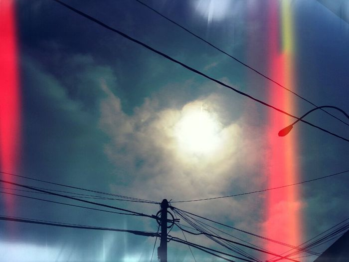 Resplandeciente sol. Sky Sun Bluesky Nubes