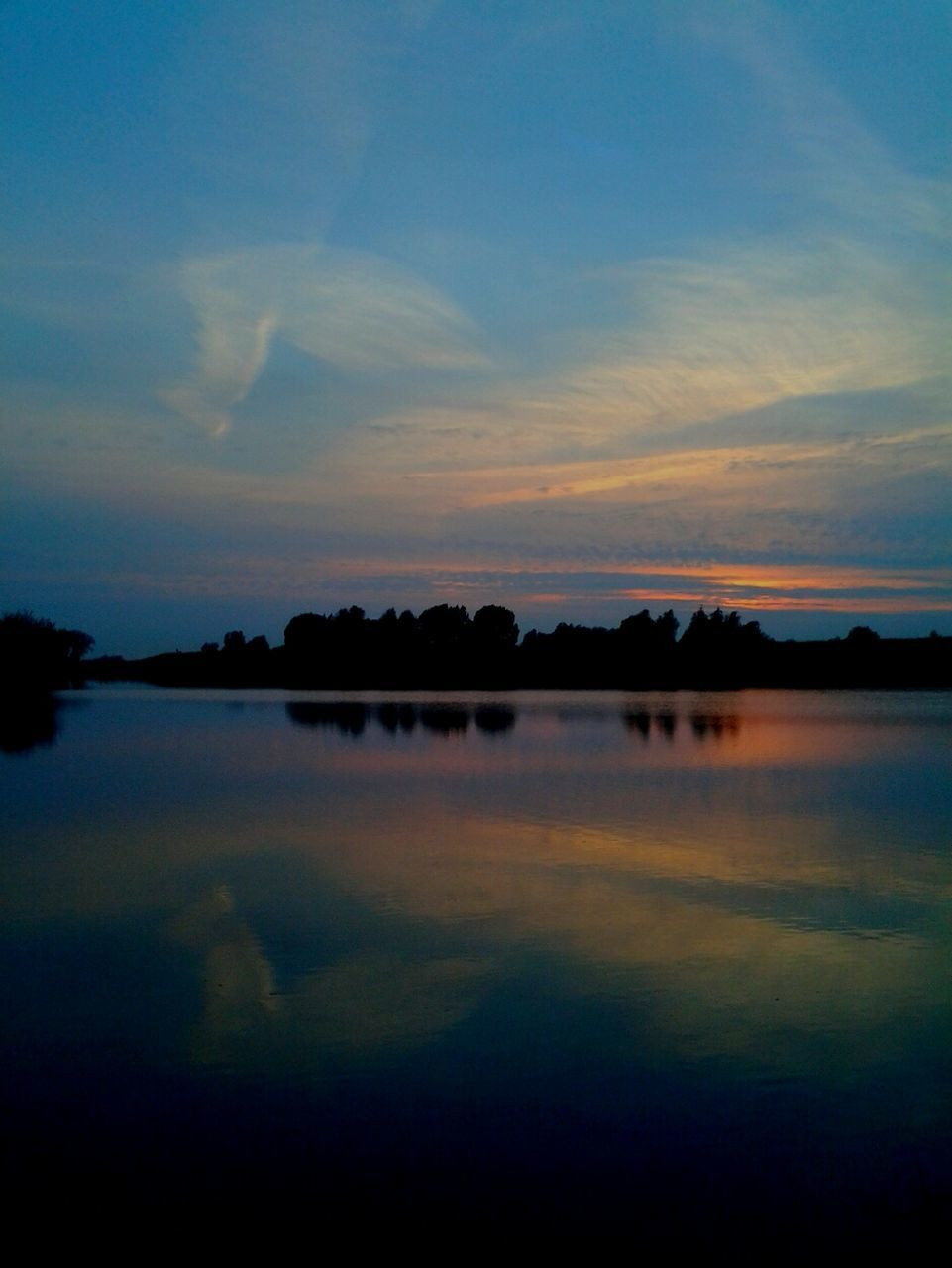 reflection, water, sky, tranquility, lake, nature, sunset, beauty in nature, scenics, tranquil scene, silhouette, outdoors, no people, standing water, cloud - sky, day