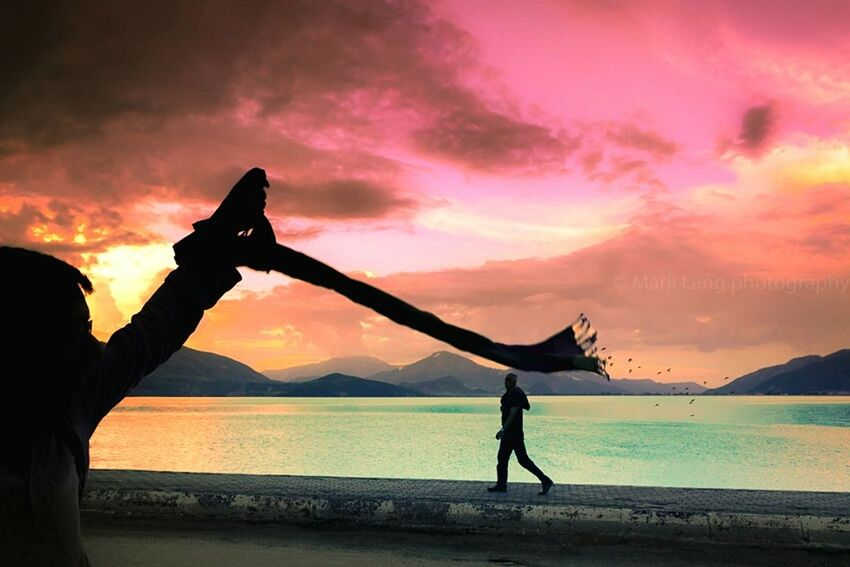 Colour Of Life Turkey Colors Silhouettes Travel Photography Moody Sky Atmosphere Dusk Colours Sunset Beautiful Sky Street Photography Hello World Complementary Colors Lakeside Walking Around