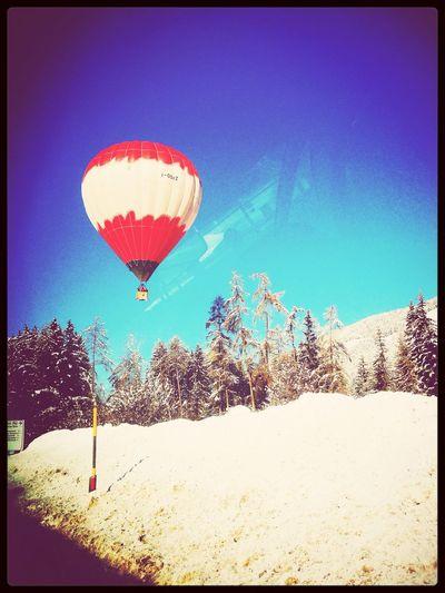 Hot- Air Balloon Snow