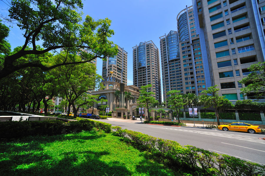 Advanced Architecture Attractions Beautiful Building Exterior City Cityscape Clear Sky Comfortable Day District Grass Leisure Life Luxury Modern No People Office Outdoors Park - Man Made Space Residential  Shadow Sky Skyscraper Tree