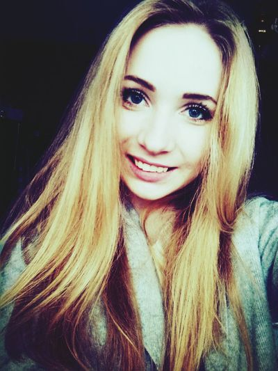 Polishgirl Blonde Hair BIG Blue Eyes Smile Because I'mhappy It'sgoingwell ❤❤❤