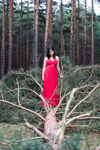 Young Adult Adult Only Women Adults Only Forest One Woman Only One Person Young Women One Young Woman Only Nature Red Full Length People Portrait Fashion Tree Black Hair Beautiful Woman Outdoors Looking At Camera Second Acts