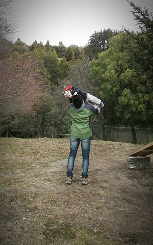 Fatherhood Moments Montains    Meliquina Astor