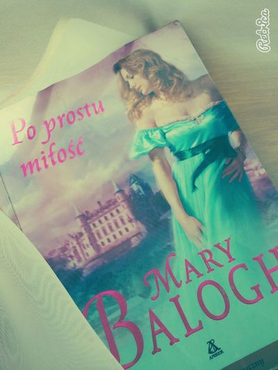 Book Reading A Book Reading Mary Balogh Simply Love  Romance Novel Mary Balogh Simply Love  Passion