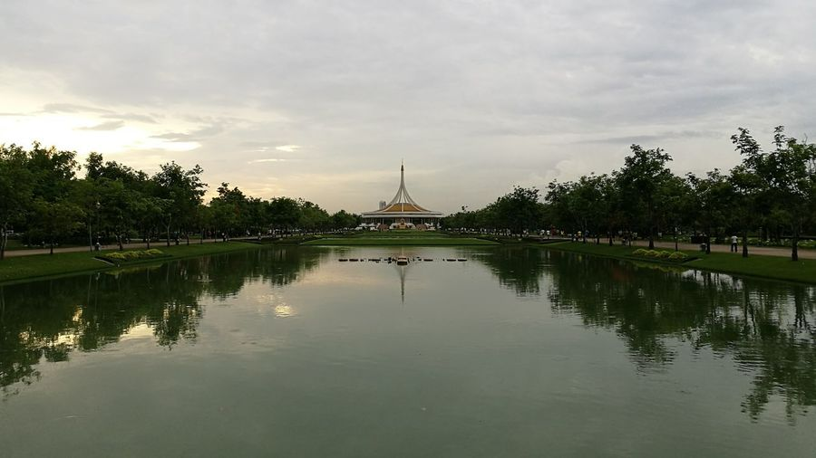 Nice Weather Park Structure Building Outdoor Exercise Water Water Reflections Pond Trees Sky Oxygen Huawei HuaweiP9 Leica DualCamera Bangkok Thailand Public Park Hidden Gems  Showcase July