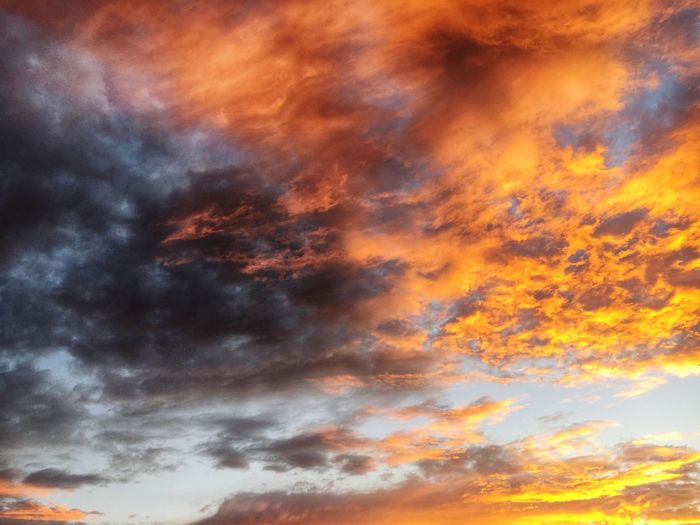 Colorful clouds while sunset... Cloud_collection  Clouds And Sky Cloud Formations Cloud Colors Cloud Sunset Cloud Formation Sunset_collection Sunset Collection Sunset Clouds Sunset Clouds And Sky Colorful Sky Contrast Contrasting Colors Braunschweig